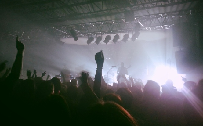 live, concert, white lies,