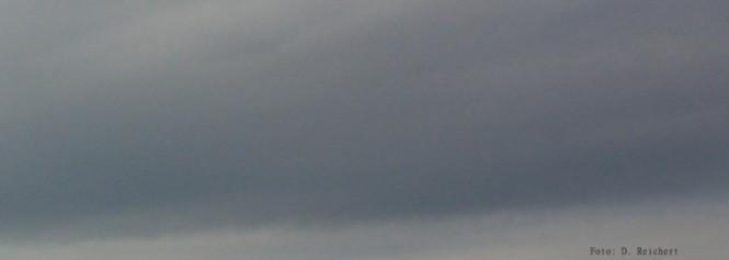 Wolken, warten,