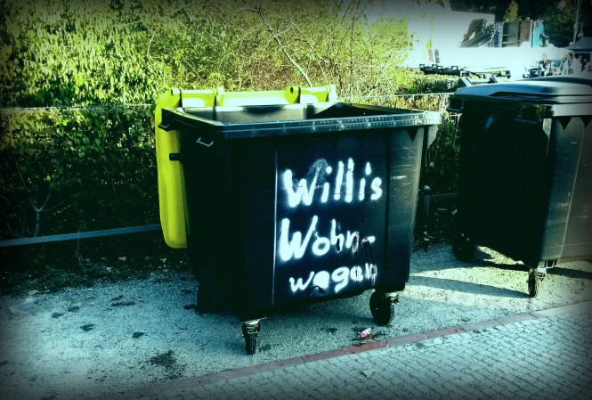 Wohnwagen, Funny, Garbage, Graffiti