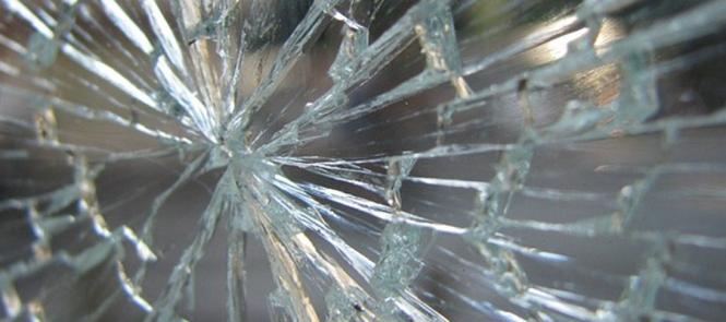 Glas, Scherben, zerbrochen